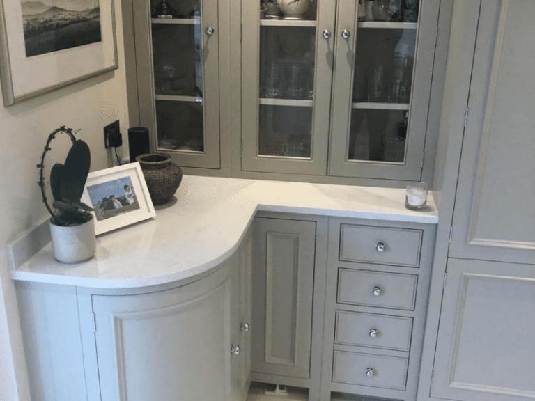 White stone corner worktop