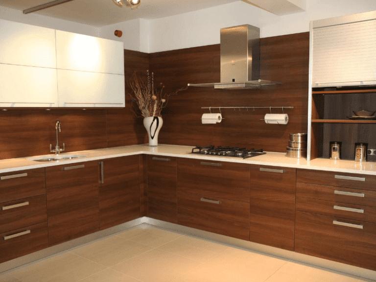 Cream custom kitchen worktop