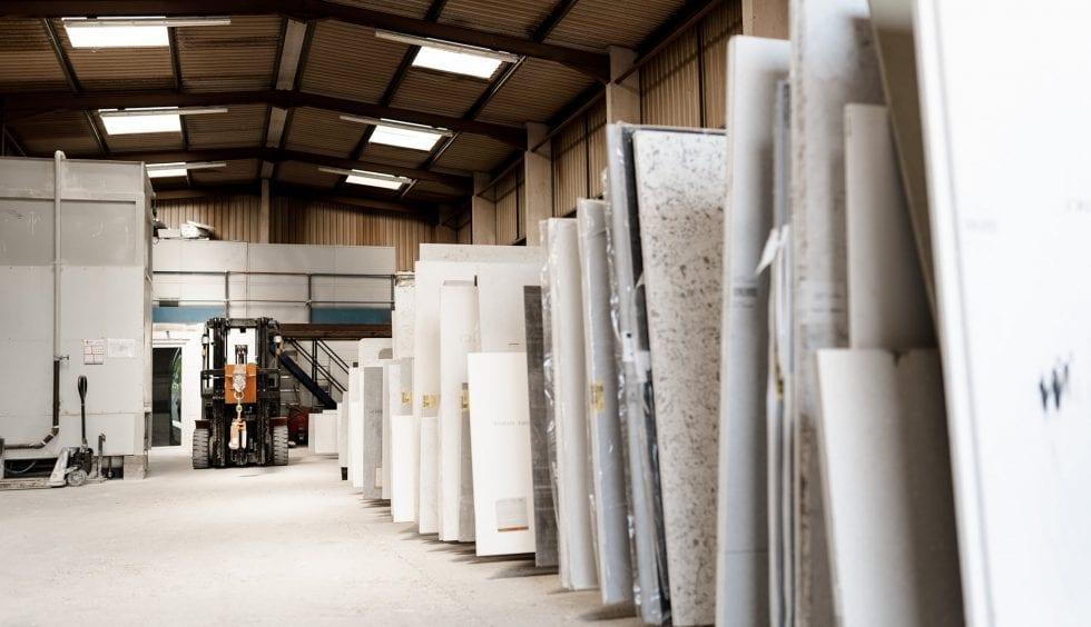 Are quartz worktops better than granite worktops?
